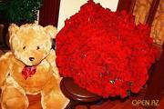 101 роза+большой мишка в подарок!