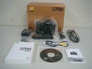 For sale brand Nikon D700 Digital camera----{$1, 000}